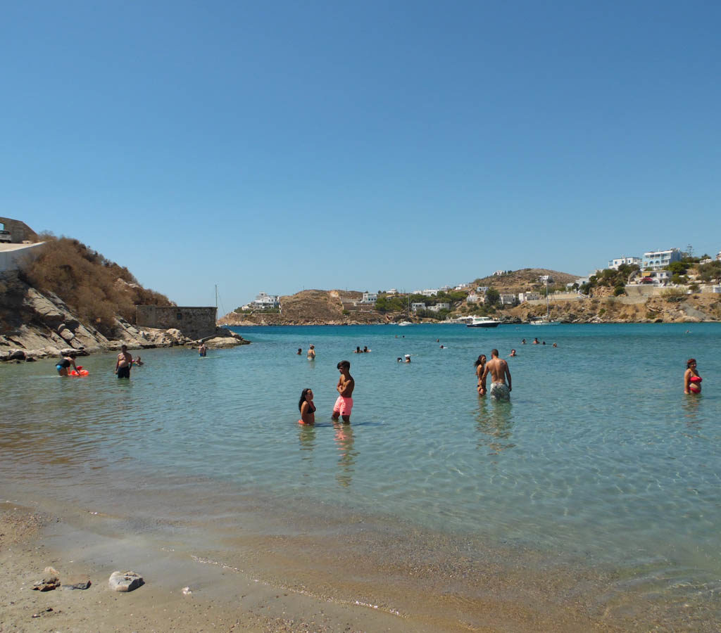 Spiaggia di vari Siros