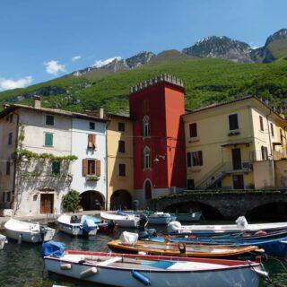 #lagodigarda #cassone #gardalake #italia #visitveneto